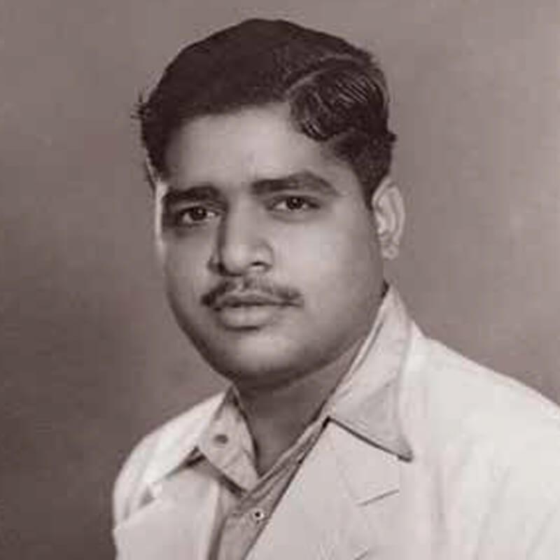 S. N. Goenka   Vipassana Research Institute